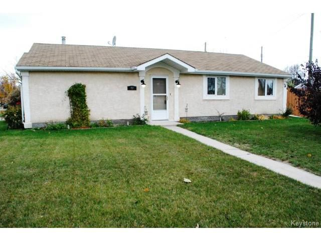 Main Photo: 77 Bourkewood Place in WINNIPEG: St James Residential for sale (West Winnipeg)  : MLS®# 1320484