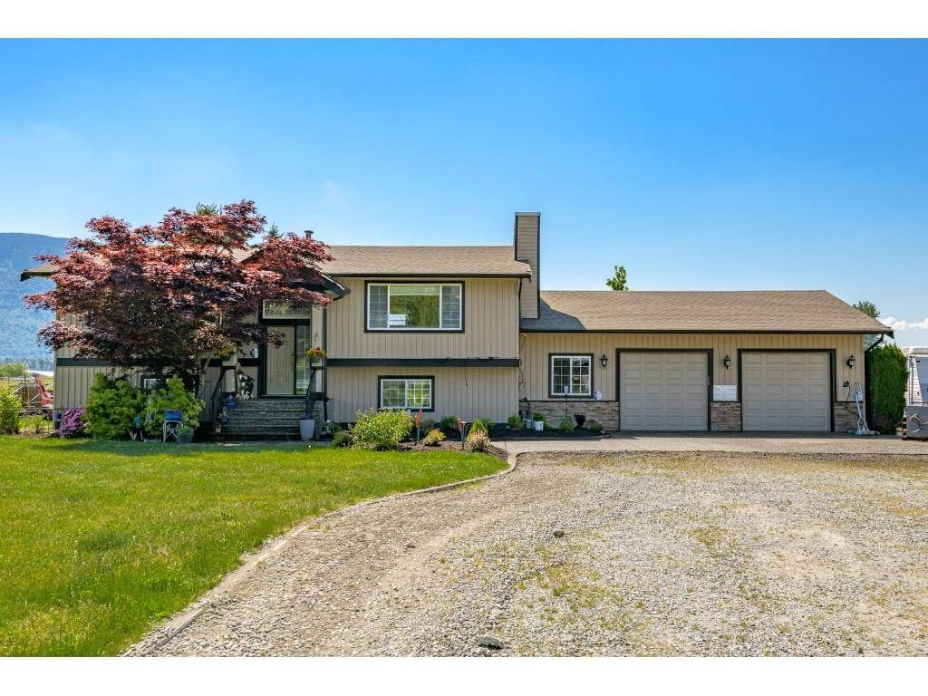 Main Photo: 41706 KEITH WILSON Road in Chilliwack: Greendale Chilliwack House for sale (Sardis)  : MLS®# R2581052