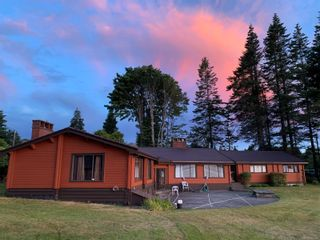 Photo 1: 1702 Wood Rd in : CR Campbell River North House for sale (Campbell River)  : MLS®# 860065