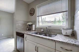Photo 8: 224 CRANBERRY Park SE in Calgary: Cranston Row/Townhouse for sale : MLS®# C4299490