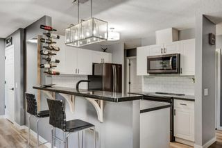 Main Photo: 2 914 20 Street SE in Calgary: Inglewood Row/Townhouse for sale : MLS®# A1141035