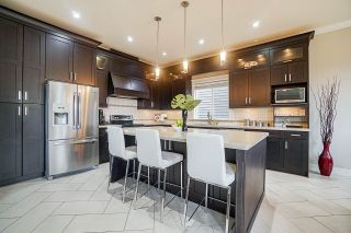 """Photo 10: 8119 211 Street in Langley: Willoughby Heights House for sale in """"YORKSON"""" : MLS®# R2553658"""
