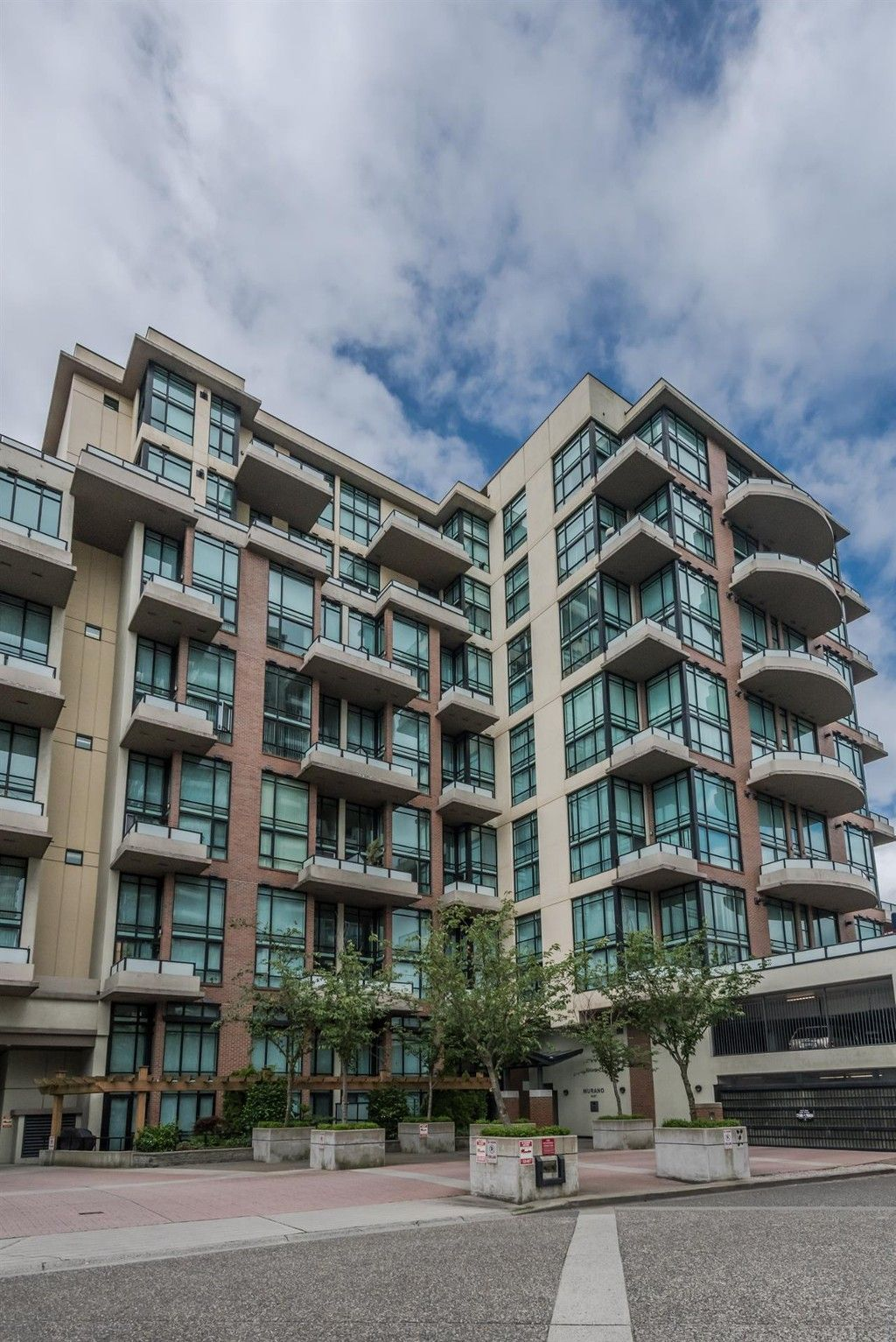 """Main Photo: 509 10 RENAISSANCE Square in New Westminster: Quay Condo for sale in """"MURANO LOFTS"""" : MLS®# R2177517"""