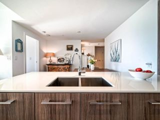 """Photo 17: 706 2221 E 30TH Avenue in Vancouver: Victoria VE Condo for sale in """"KENSINGTON GARDENS BY WESTBANK"""" (Vancouver East)  : MLS®# R2511988"""
