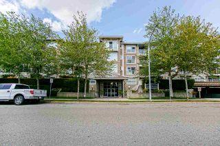 """Photo 3: 127 5880 DOVER Crescent in Richmond: Riverdale RI Condo for sale in """"WATERSIDE"""" : MLS®# R2410658"""