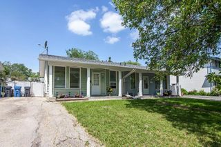 Photo 3: 27 Costello Drive in Winnipeg: Crestview Residential for sale (5H)  : MLS®# 202013357