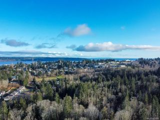 Photo 40: 8 1580 Glen Eagle Dr in : CR Campbell River West Half Duplex for sale (Campbell River)  : MLS®# 885446