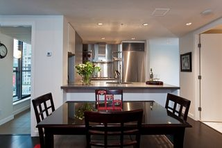 """Photo 11: 1007 788 RICHARDS Street in Vancouver: Downtown VW Condo for sale in """"L'HERMITAGE"""" (Vancouver West)  : MLS®# V815597"""