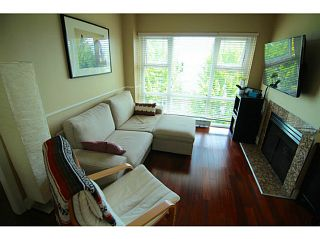 "Photo 4: PH7 4868 FRASER Street in Vancouver: Fraser VE Condo for sale in ""FRASERVIEW TERRACE"" (Vancouver East)  : MLS®# V1125951"