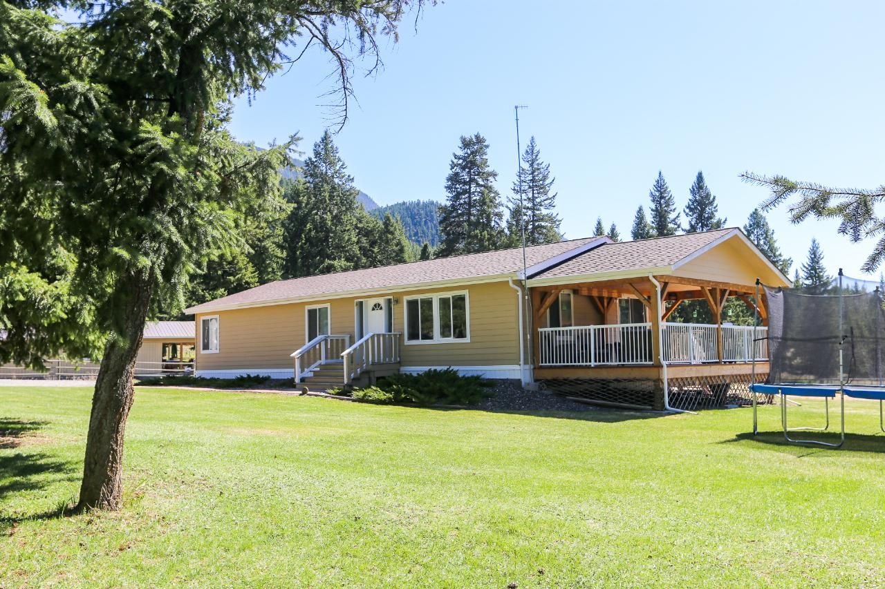 Main Photo: 960 Vista Point Road in Barriere: BA House for sale (NE)  : MLS®# 161627