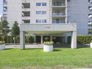 """Photo 2: 801 550 EIGHTH Street in New Westminster: Uptown NW Condo for sale in """"PARKRIDGE"""" : MLS®# R2402744"""