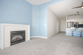 """Photo 3: 418 4550 FRASER Street in Vancouver: Fraser VE Condo for sale in """"CENTURY"""" (Vancouver East)  : MLS®# R2415916"""
