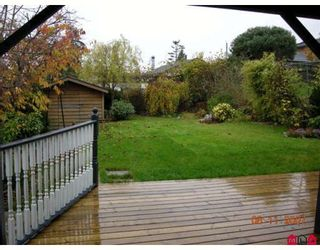 """Photo 3: 829 STAYTE Road in White_Rock: White Rock House for sale in """"East Beach"""" (South Surrey White Rock)  : MLS®# F2728417"""