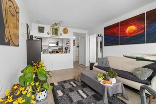 """Photo 13: 2208 438 SEYMOUR Street in Vancouver: Downtown VW Condo for sale in """"Conference Plaza"""" (Vancouver West)  : MLS®# R2610760"""