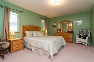 Photo 14: 931 COTTONWOOD Avenue in Coquitlam: Coquitlam West House for sale : MLS®# R2199150