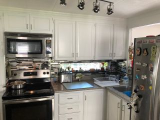 Photo 8: 199 1840 160 Street in Surrey: King George Corridor Manufactured Home for sale (South Surrey White Rock)  : MLS®# R2604438