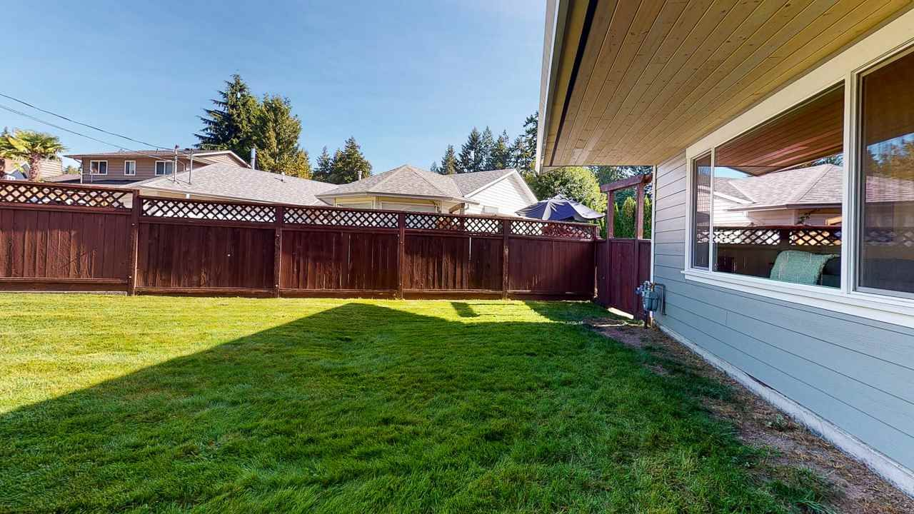 Photo 37: Photos: 5472 CARNABY Place in Sechelt: Sechelt District House for sale (Sunshine Coast)  : MLS®# R2495555