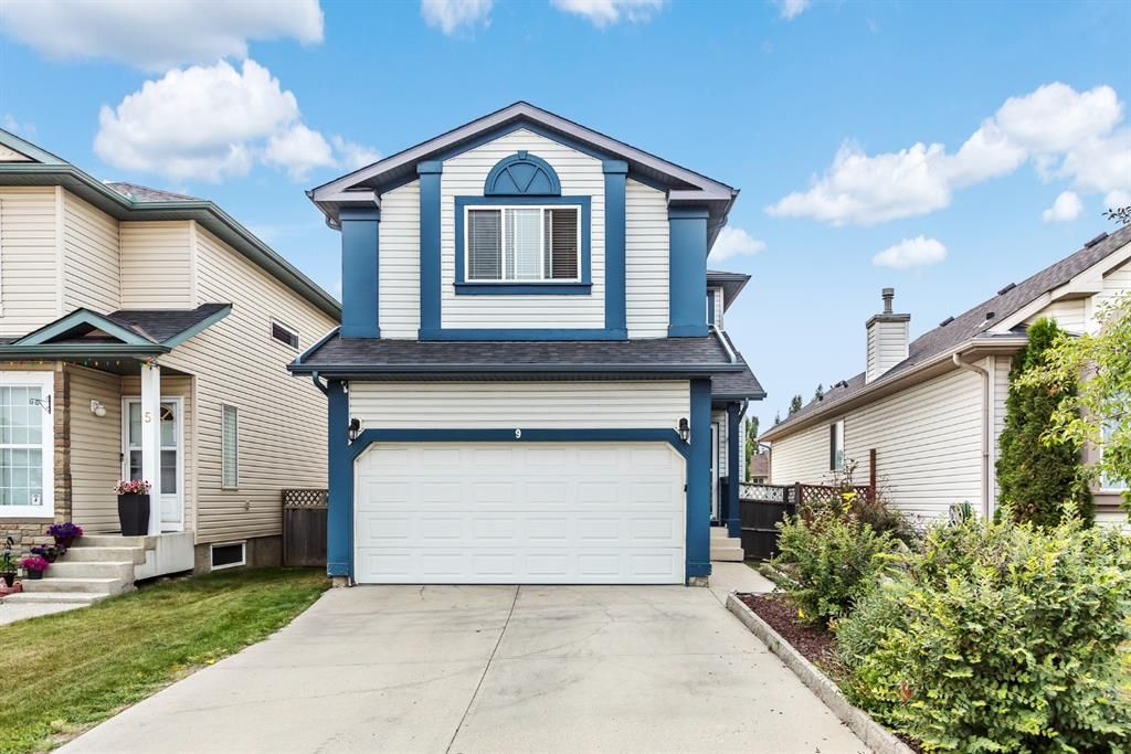 Main Photo: 9 Covewood Close NE in Calgary: Coventry Hills Detached for sale : MLS®# A1135363