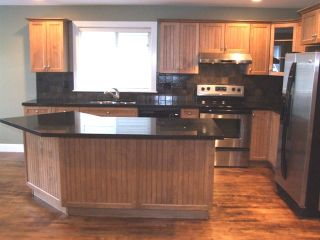 Photo 3: 15539 Thrift Ave in White Rock: Home for sale