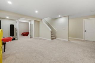 Photo 28: 32 Sierra Morena Way SW in Calgary: Signal Hill Semi Detached for sale : MLS®# A1091813