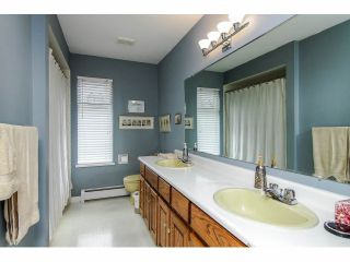 """Photo 12: 19670 50TH Avenue in Langley: Langley City House for sale in """"EAGLE HEIGHTS"""" : MLS®# F1410577"""