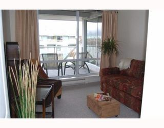 """Photo 6: 404 1990 E KENT SOUTH Avenue in Vancouver: Fraserview VE Condo for sale in """"HARBOUR HOUSE AT TUGBOAT LANDING"""" (Vancouver East)  : MLS®# V747645"""