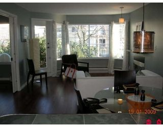 """Photo 2: 103 1369 GEORGE Street in White_Rock: White Rock Condo for sale in """"Cameo Terrace"""" (South Surrey White Rock)  : MLS®# F2900966"""