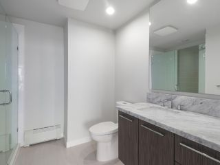 """Photo 9: 906 3281 E KENT NORTH Avenue in Vancouver: South Marine Condo for sale in """"RHYTHM BY POLYGON"""" (Vancouver East)  : MLS®# R2447202"""