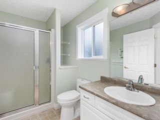 Photo 10: 690 Moralee Dr in Comox: CV Comox (Town of) House for sale (Comox Valley)  : MLS®# 866057