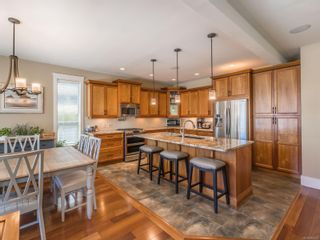 Photo 2: 620 Sarum Rise Way in : Na University District House for sale (Nanaimo)  : MLS®# 883226