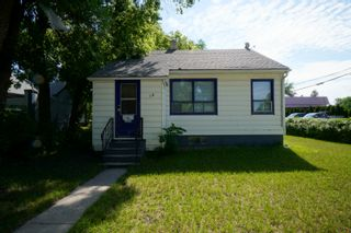 Photo 1: 18 5th Street NE in Portage la Prairie: House for sale : MLS®# 202116235