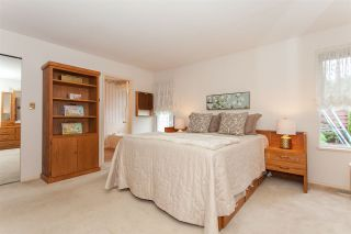 """Photo 14: 18589 62 Avenue in Surrey: Cloverdale BC House for sale in """"Eaglecrest"""" (Cloverdale)  : MLS®# R2208241"""
