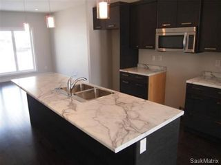 Photo 8: 417 Quessy Drive: Martensville Single Family Dwelling for sale (Saskatoon NW)  : MLS®# 457864