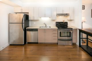 """Photo 11: 102 5632 KINGS Road in Vancouver: University VW Townhouse for sale in """"POLLOCK"""" (Vancouver West)  : MLS®# R2109342"""