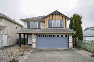 Photo 2: B 9425 BROADWAY Street in Chilliwack: Chilliwack E Young-Yale House for sale : MLS®# R2556478