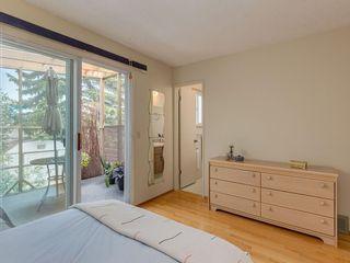 Photo 13: 20 FALCONRIDGE Place NE in Calgary: Falconridge Semi Detached for sale : MLS®# C4302854
