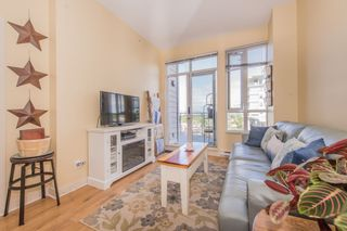"""Photo 3: 807 4078 KNIGHT Street in Vancouver: Knight Condo for sale in """"King Edward Village"""" (Vancouver East)  : MLS®# R2171505"""