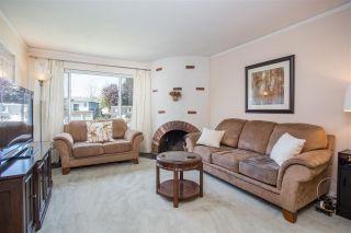 Photo 2: 4920 MARIPOSA Court in Richmond: Riverdale RI 1/2 Duplex for sale : MLS®# R2368208