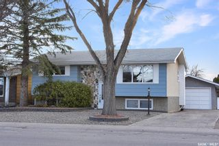 Photo 2: 6 DUNSMORE Drive in Regina: Walsh Acres Residential for sale : MLS®# SK849206