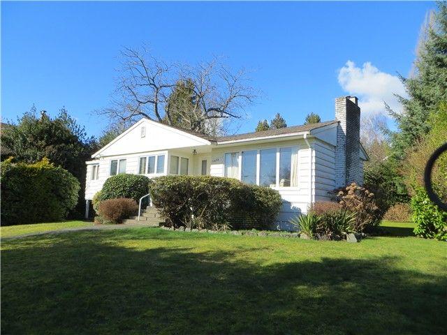 Main Photo: 1259 GORDON AV in West Vancouver: Ambleside House for sale : MLS®# V993487