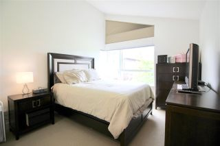 """Photo 14: 14 909 CLARKE Road in Port Moody: College Park PM Townhouse for sale in """"THE CLARKE"""" : MLS®# R2388373"""