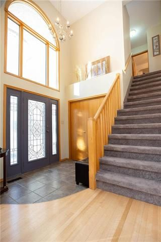 Photo 2: 71 Morning Glory in Winnipeg: Residential for sale : MLS®# 	1902977