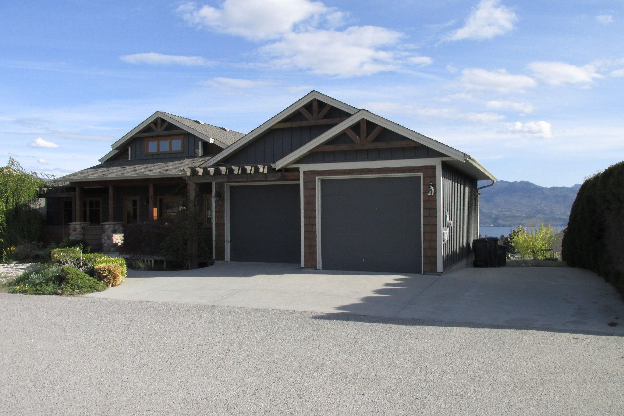 Photo 2: Photos: 1039 Hudson Rd. in West Kelowna: Lakeview Heights House for sale : MLS®# 10181783