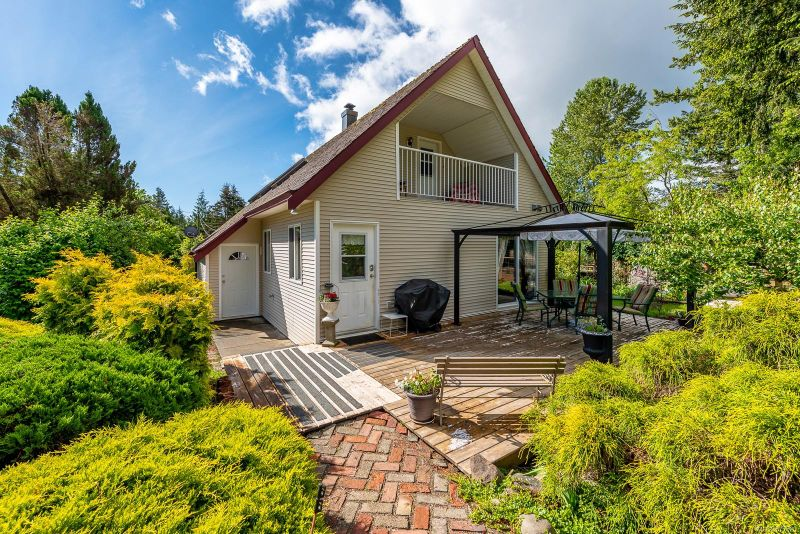 FEATURED LISTING: 2644 Merville Rd