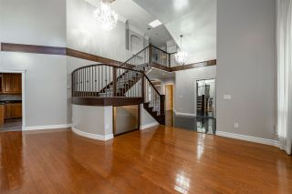 Photo 5: 6222 126B Street in Surrey: Panorama Ridge House for sale : MLS®# R2560980