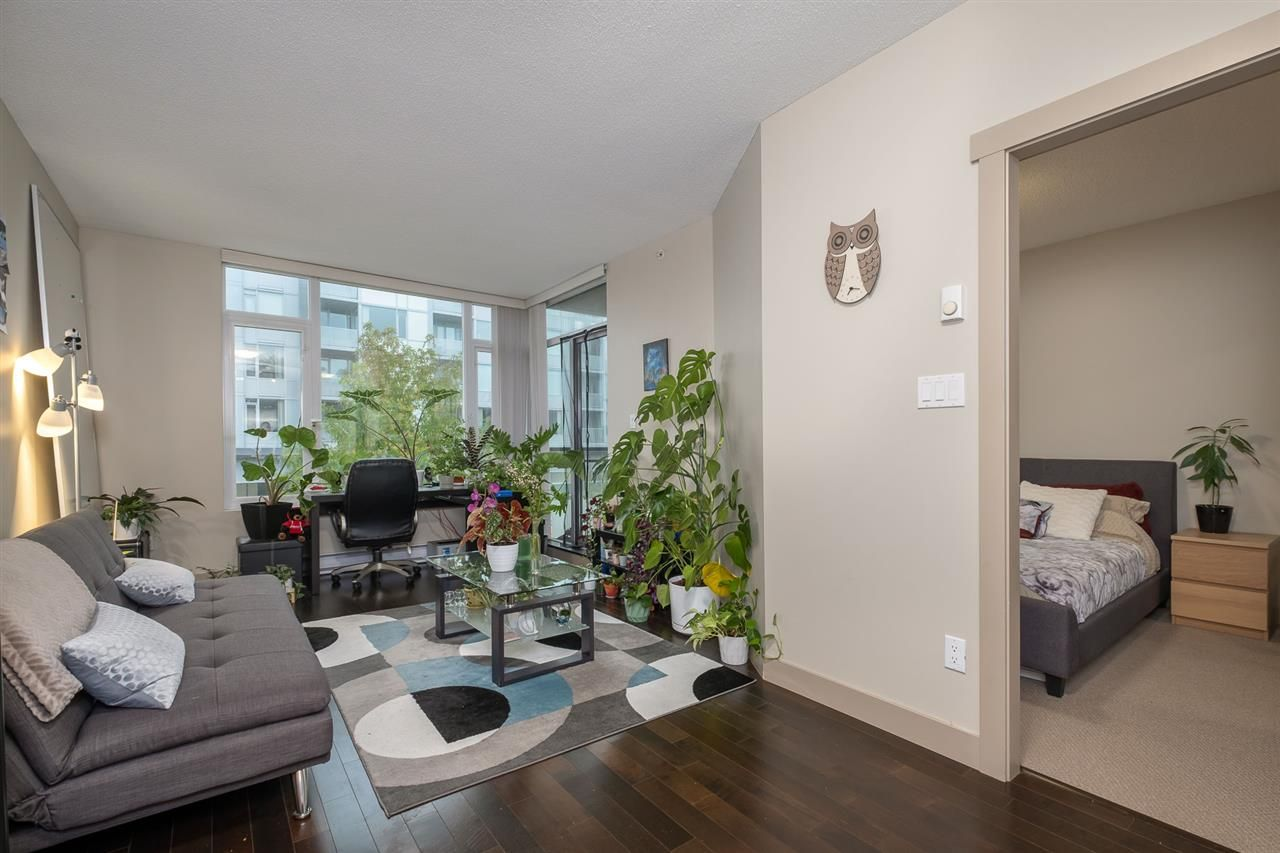 """Photo 5: Photos: 512 9009 CORNERSTONE Mews in Burnaby: Simon Fraser Univer. Condo for sale in """"THE HUB"""" (Burnaby North)  : MLS®# R2507886"""