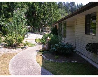 Photo 10: 211 GRANDVIEW Heights in Gibsons: Gibsons & Area House for sale (Sunshine Coast)  : MLS®# V779634