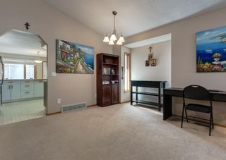 Photo 7: 152 Riverside Circle SE in Calgary: Riverbend Detached for sale : MLS®# A1154041