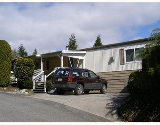 "Main Photo: 7 4116 BROWNING Road in Sechelt: Sechelt District Manufactured Home for sale in ""ROCKLAND WYND"" (Sunshine Coast)  : MLS®# V759648"