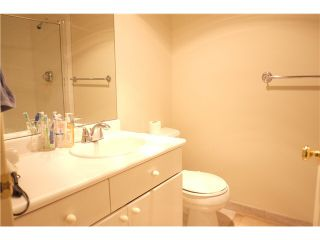 """Photo 7: 107 5880 HAMPTON Place in Vancouver: University VW Condo  in """"THAMES COURT"""" (Vancouver West)  : MLS®# V1114262"""